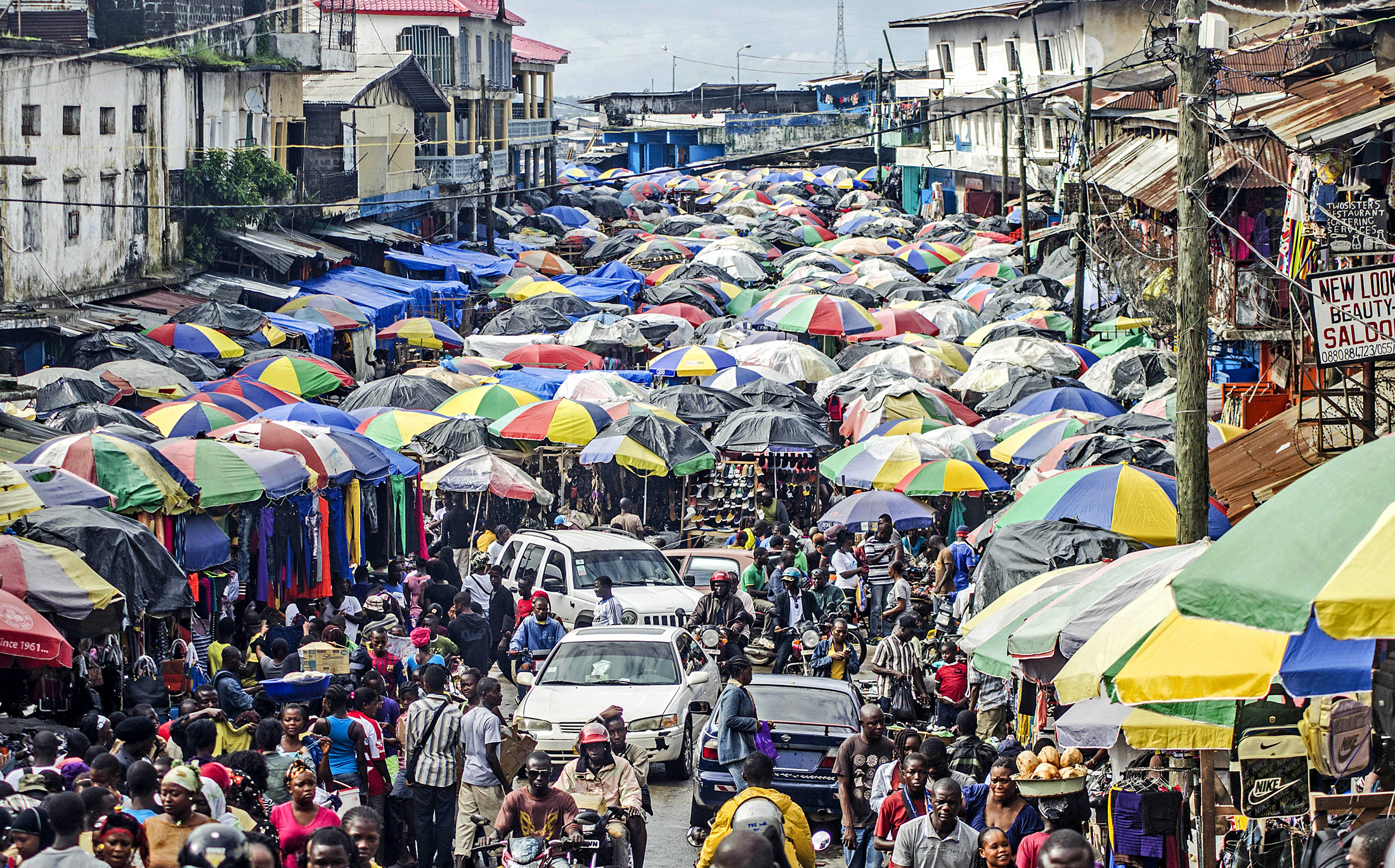 A busy market in central Monrovia. Liberia's import dependent economy is vulnerable to price rises (June 2013)