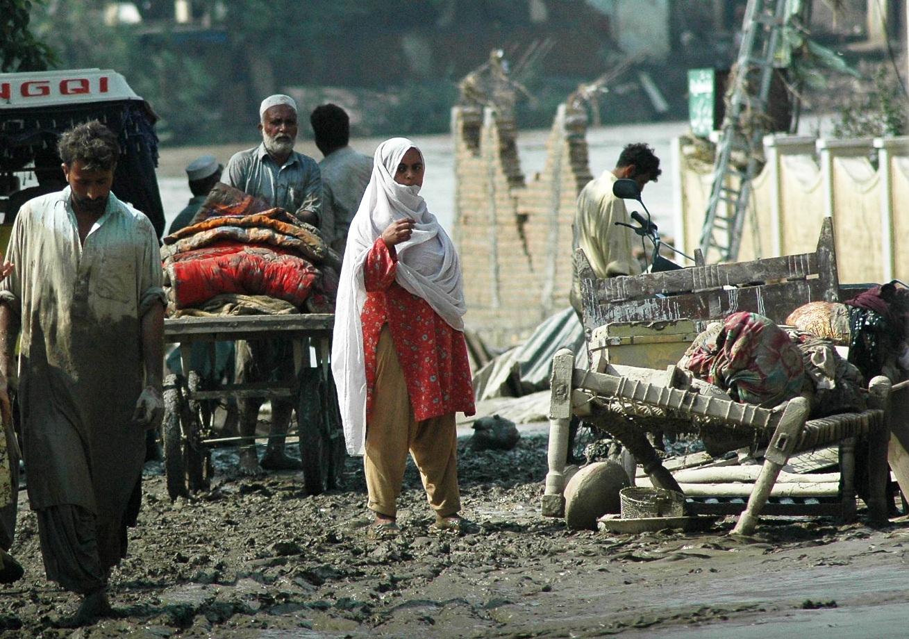 2010 response to the Pakistan floods, which was supported by the Consortium of British Humanitarian agencies' emergency response fund, now called the Start Fund
