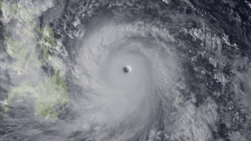 Super Typhoon Haiyan Approaches the Philippines - 07 November, 2013