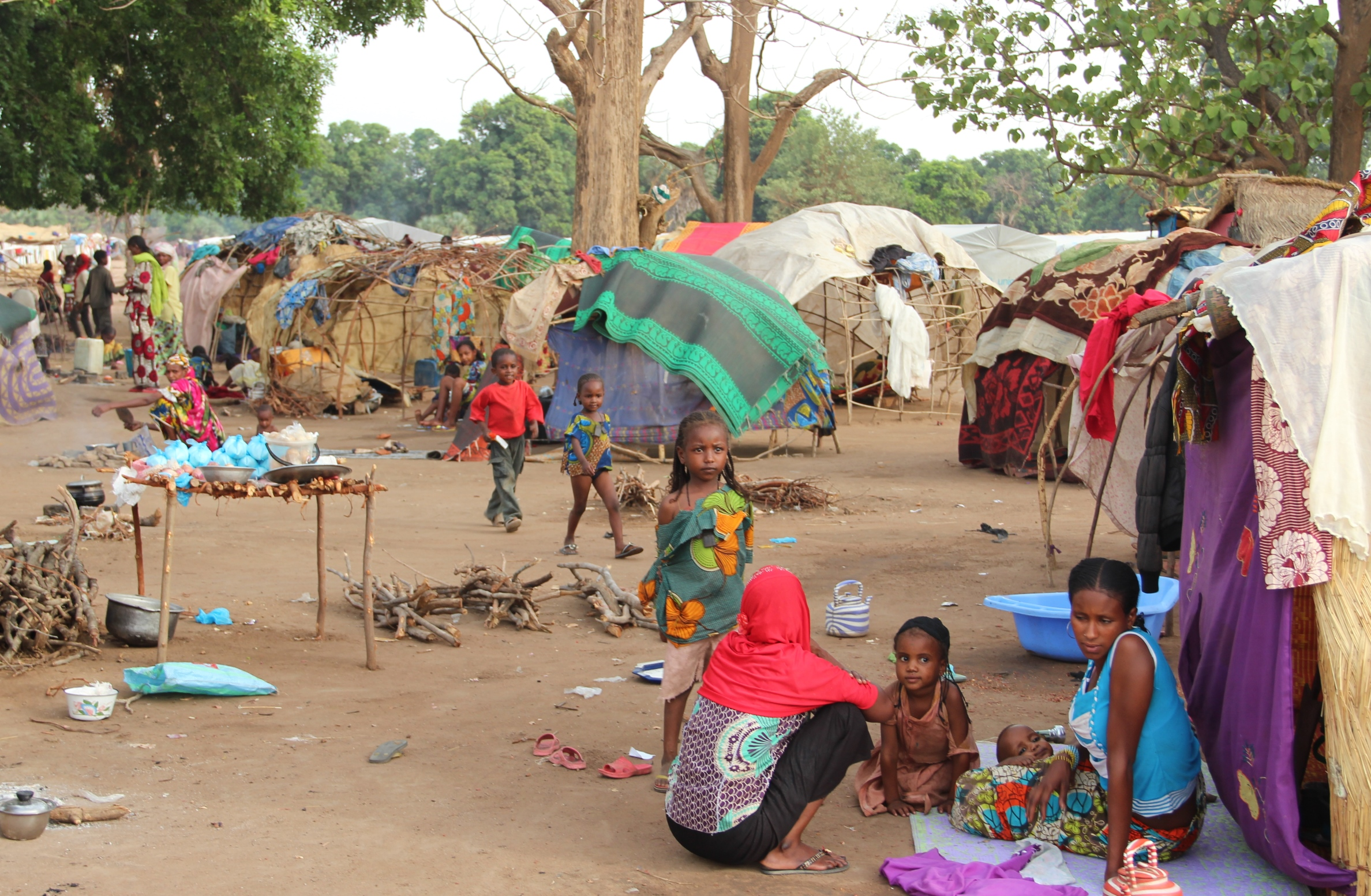 Some 10,000 inhabitants of Doyaba transit camp in southern Chad, home to 17,143 people who fled the violence in CAR and were helped across the border by the Chadian military, have not yet received shelter. Aid agencies are severely under-funded and reside