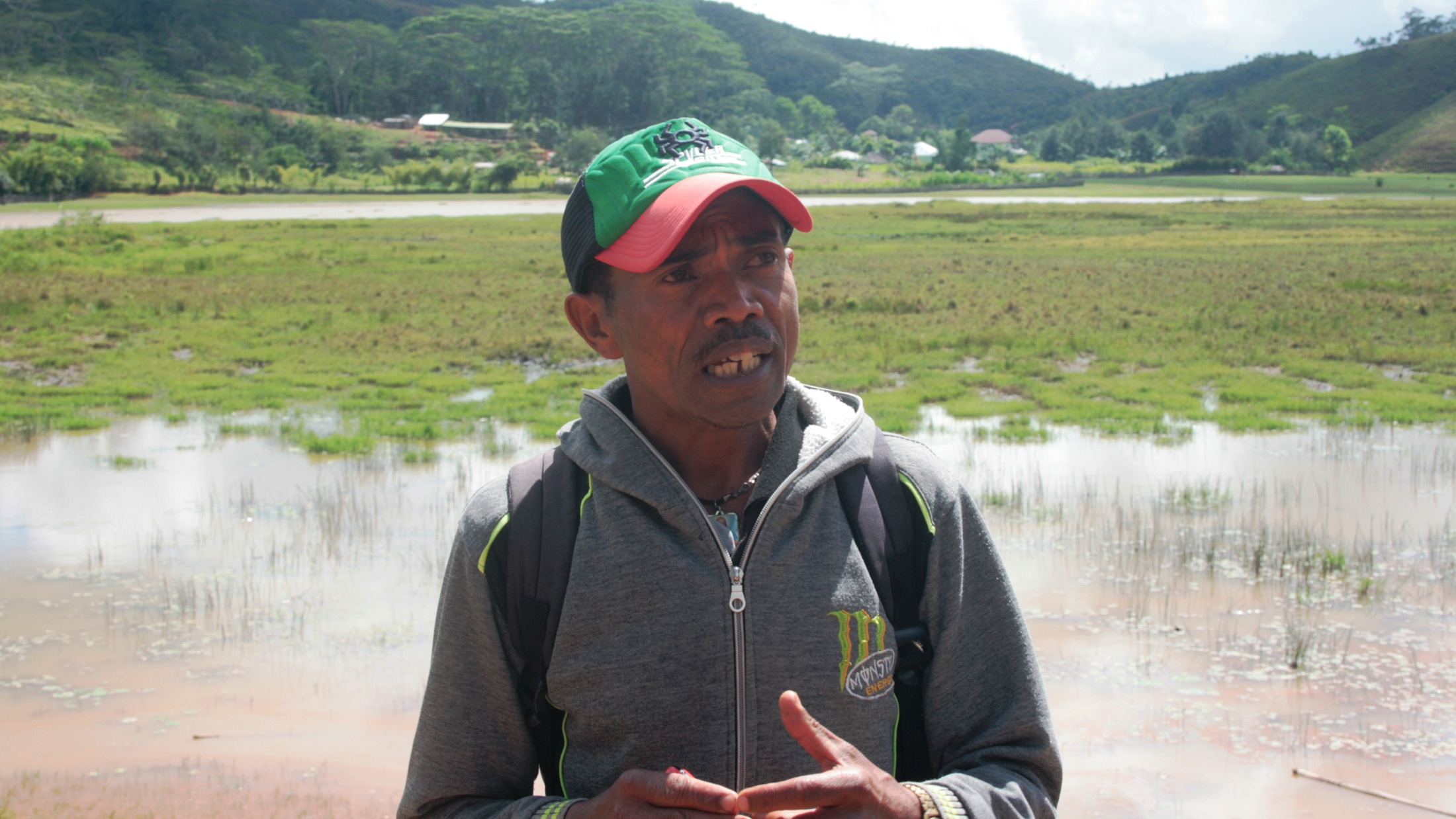 A primary school teach and member of the local disaster management committee describes how moving certain crops out of flood plans increased resilience.