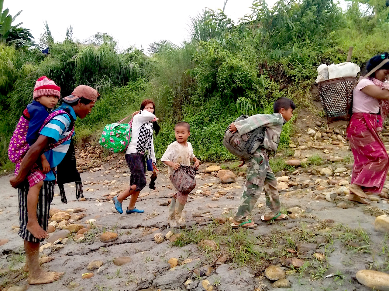 Civilians in Kachin state fled their village of Lawt Kawng during flighting between the Myanmar military and the Kachin Independence Army on 22 July 2015