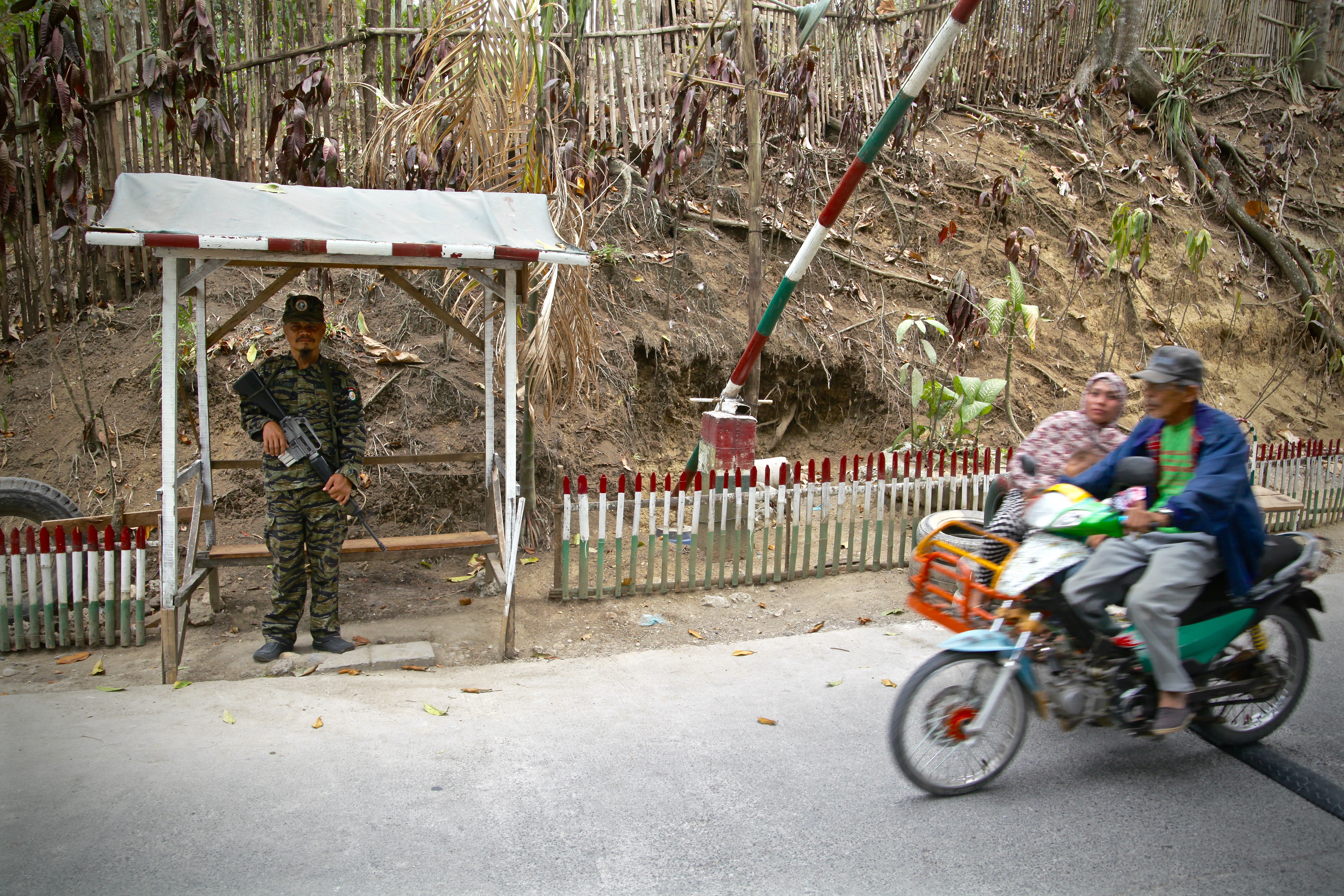 An MILF soldier at a checkpoint