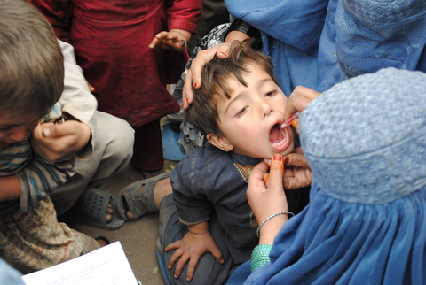 Vaccination teams close to the Pakistan border in eastern Afghanistan carry out campaigns every six weeks.