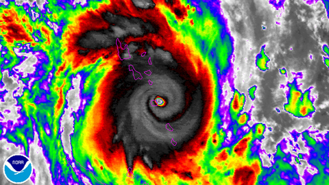 Cyclone Pam makes landfall on Vanuatu, 13 March