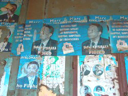 [MADAGASCAR] There are still signs of last year's struggle between Ratsiraka and Ravalomanana.