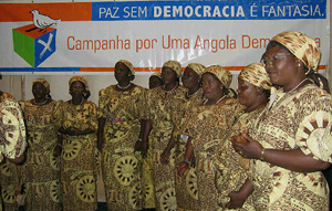 "[ANGOLA] Traditional singers mark the launch of the Campaign for a Democratic Angola under their slogan: ""Peace without democracy is a 
