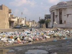 [Iraq] Rubbish on the streets of Baghdad, poses health risk, doctors say.