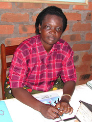 [Central African Republic (CAR)] Bernadette Sayo, founder and chairwoman of OCODEFAD. Congolese MLC rebels killed her husband then raped her in 2002. Place: Bangui, CAR. [Date picture taken: 2005/08/06]