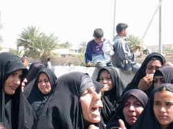 [Iraq] Women still calling for their rights in the new drafted constitution.