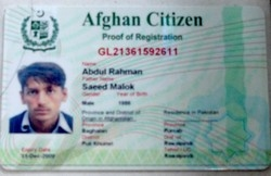 [Pakistan] New ID card for Afghans living in Pakistan. [Date picture taken: 12/01/2006]