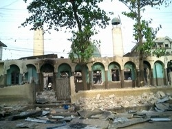 [Nigeria] Mosque in the southern city of Onitsha burned during Christian-on-Muslim violence - reprisal attacks for anti-Christian violence in the north over the caricatures of Prophet Muhammad. [Date picture taken: February 2006]