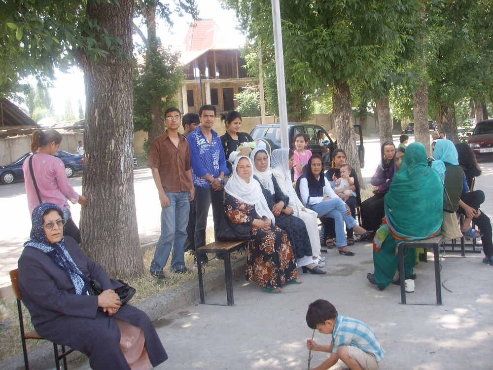 Afghan refugees in front of the Human Rights and Protection NGO in Dushanbe.