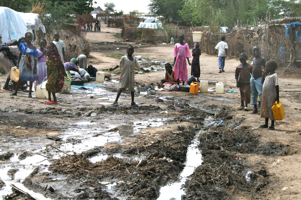 Displaced people in Mornei camp, West Darfur. Water is plentiful in this camp but experts fear other IDP camps in Darfur could face dire water shortages in the event of inadequate rains.