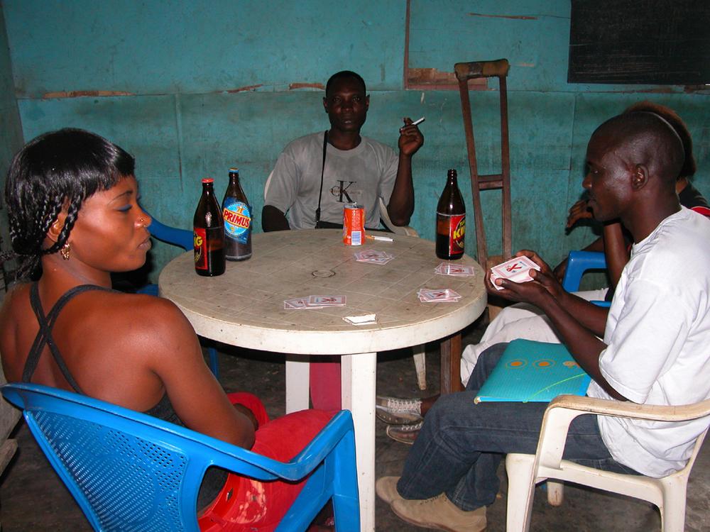 Escort girls Luanda