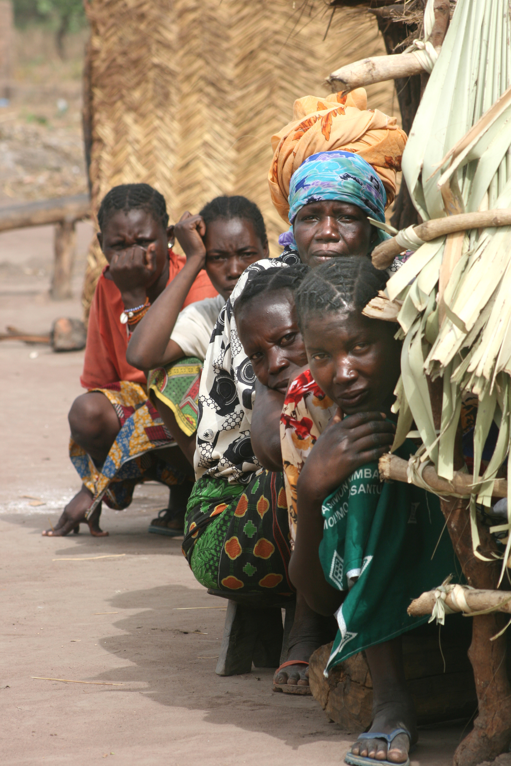 Women in the only site for internally displaced people in CAR, located in the town of Kabo. March 2008