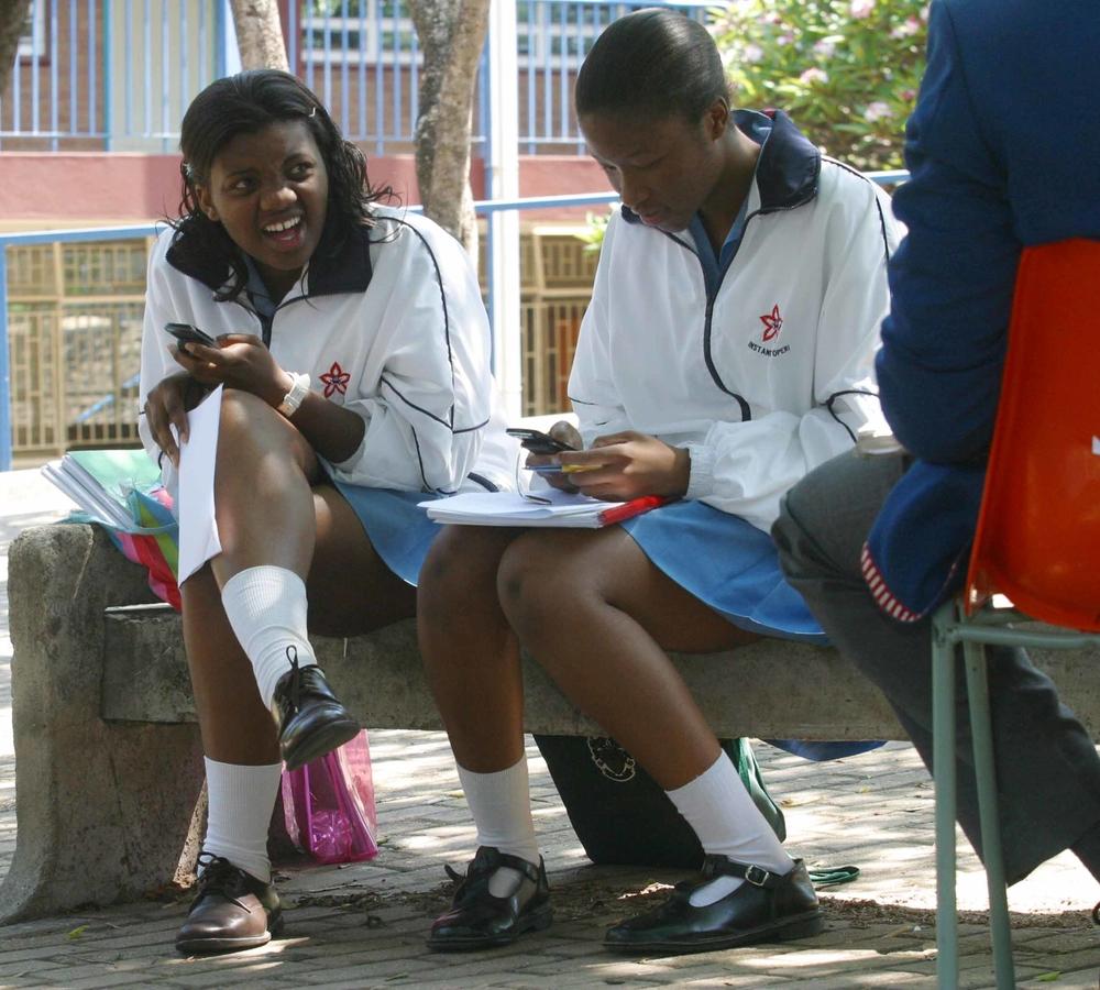 Question Teachers in mini skirts sitting agree