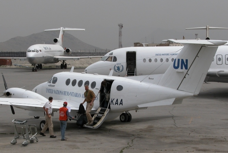 UNHAS carried 42,000 passengers and 1,100 tones of cargo in Afghanistan in 2007.