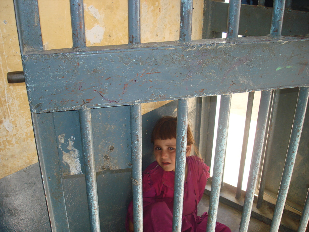 An Afghan girl living with her imprisoned mother in the Pul-e Charkhi prison in Kabul in 2007. More than 48 percent of the children said they were tortured in the detention, according to the AIHRC.
