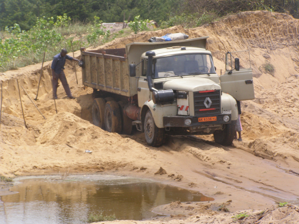 Coastal sand miners defy repeated bans in Cotonou, 2008.