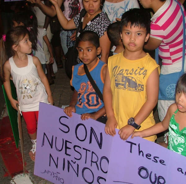 Asylum seeker children in a demonstration in Levinsky Park, Tel Aviv