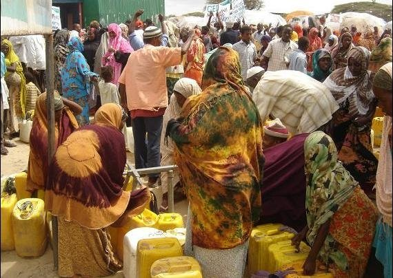 Internally displaced people in the Afgoye Corridor. The displaced have been holding demonstrations to protest allegations that two NGOs were planning to discontinue water provision to the camps
