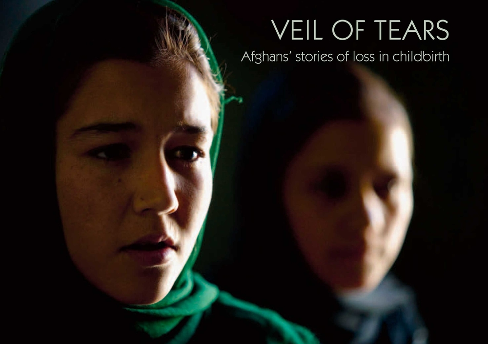 Cover photo of the New IRIN booklet on childbirth in Afghanistan