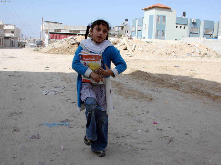 Nuha Abed Rabbo, 9, on her way to an UNRWA elementary school in Jabalia town, eastern Gaza