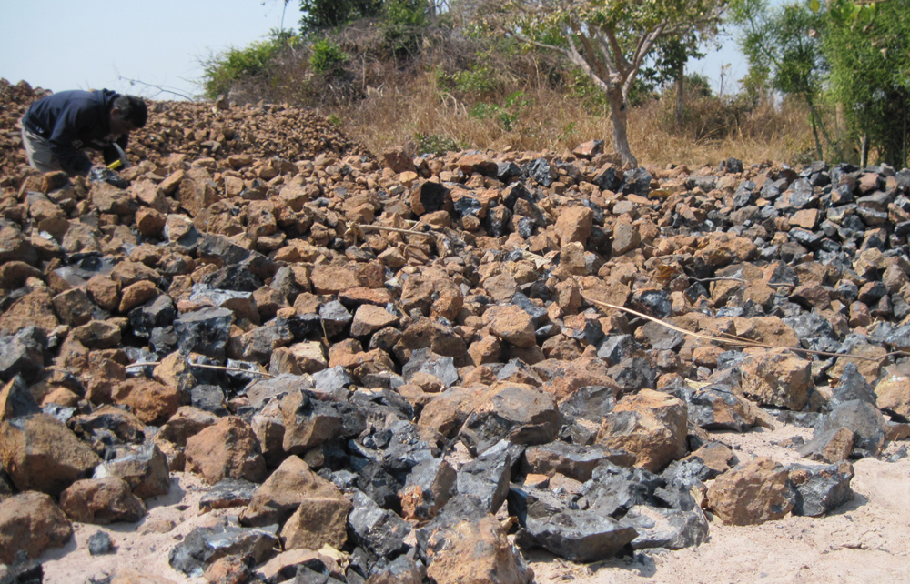 Mineral deposits of manganese in northern Zambia
