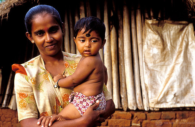 Portrait of woman and child. Sri Lanka. For generic use