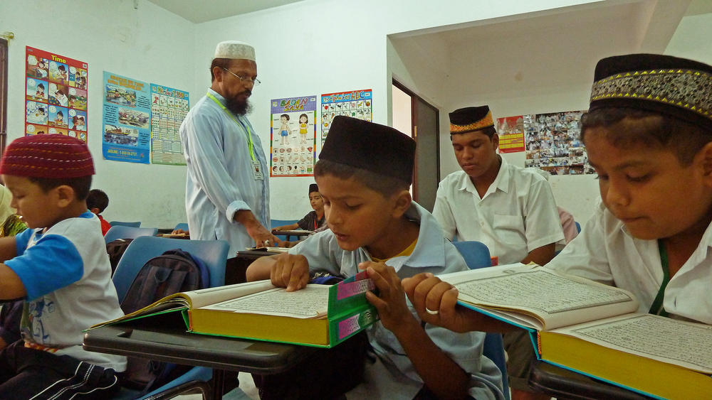 Rohingya children in one of a handful NGO-sponsored schools. Literacy amongst Rohingya remains low
