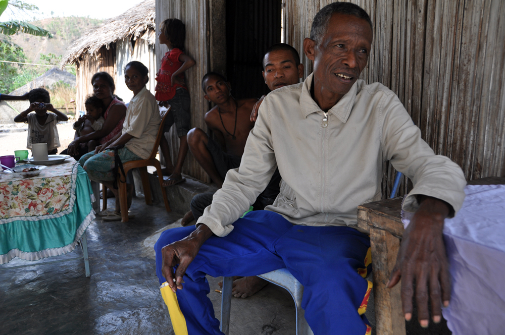 Residents around Hera power plant in Timor Leste ponder the impact its construction will have on their community