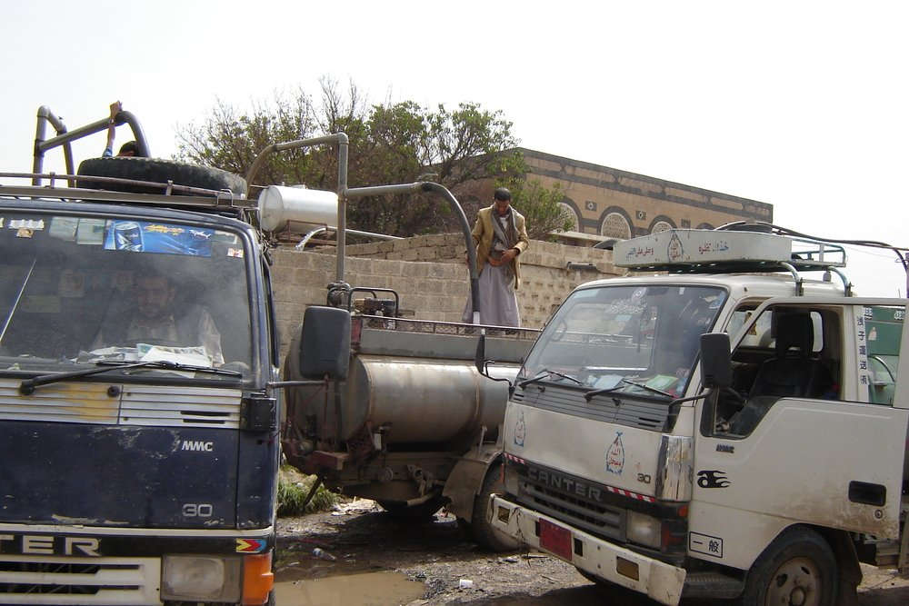 Water trucks are unable to supply water to families in Taiz City because fighting between government and opposition forces in early December 2011 have made the roads unsafe
