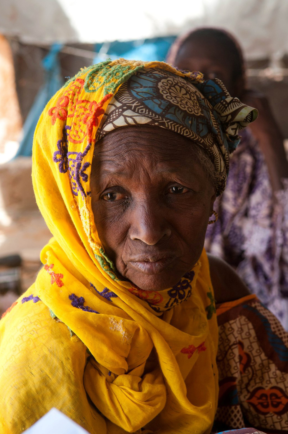 Houley Dia ran out of food a month ago and is now existing on water. A 60-something-year-old widow, she lives in Houdallah, a village of the Fula ethnic group in southern Mauritania on the border with Senegal. Oxfam is giving cash distributions to the mos