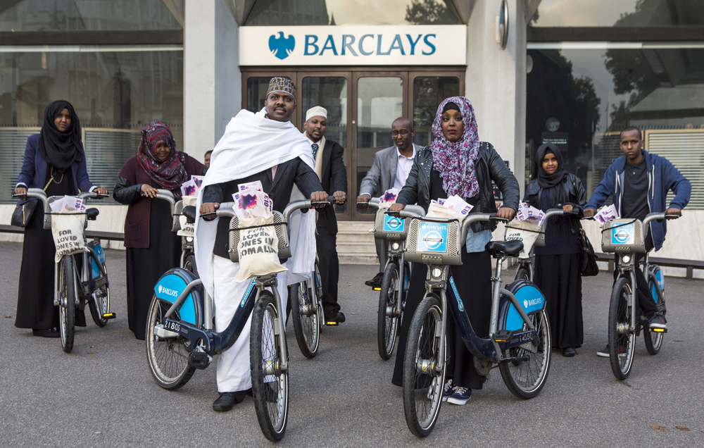 Somali campaigners and Oxfam call for Barclays to reverse the decision to close accounts allowing Somalis in the UK to send money home