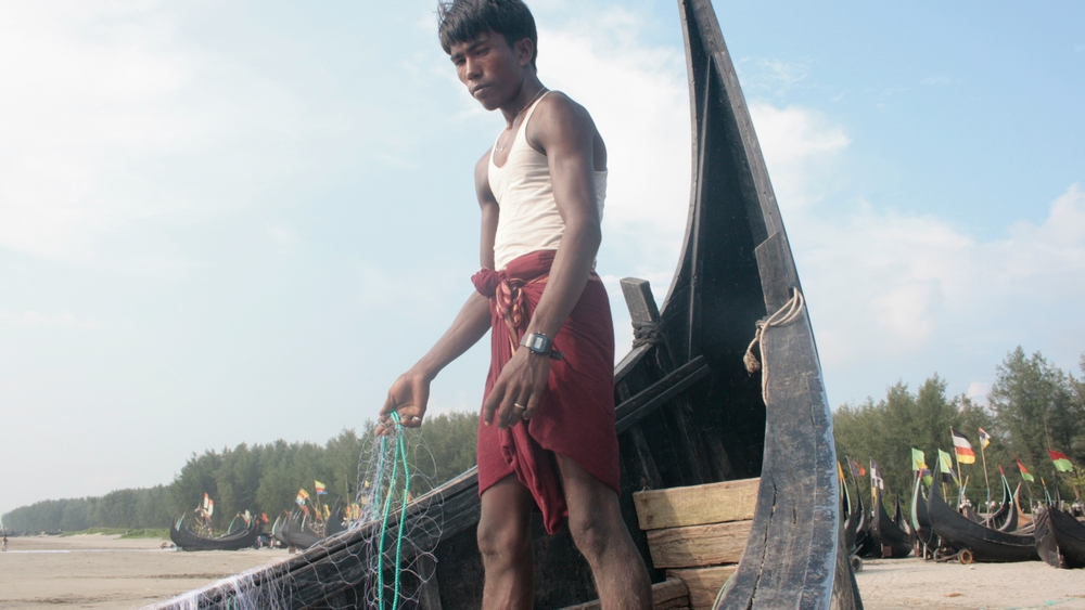 Rohingya fishermen in Bangladesh rely on informal -- often exploitative -- work