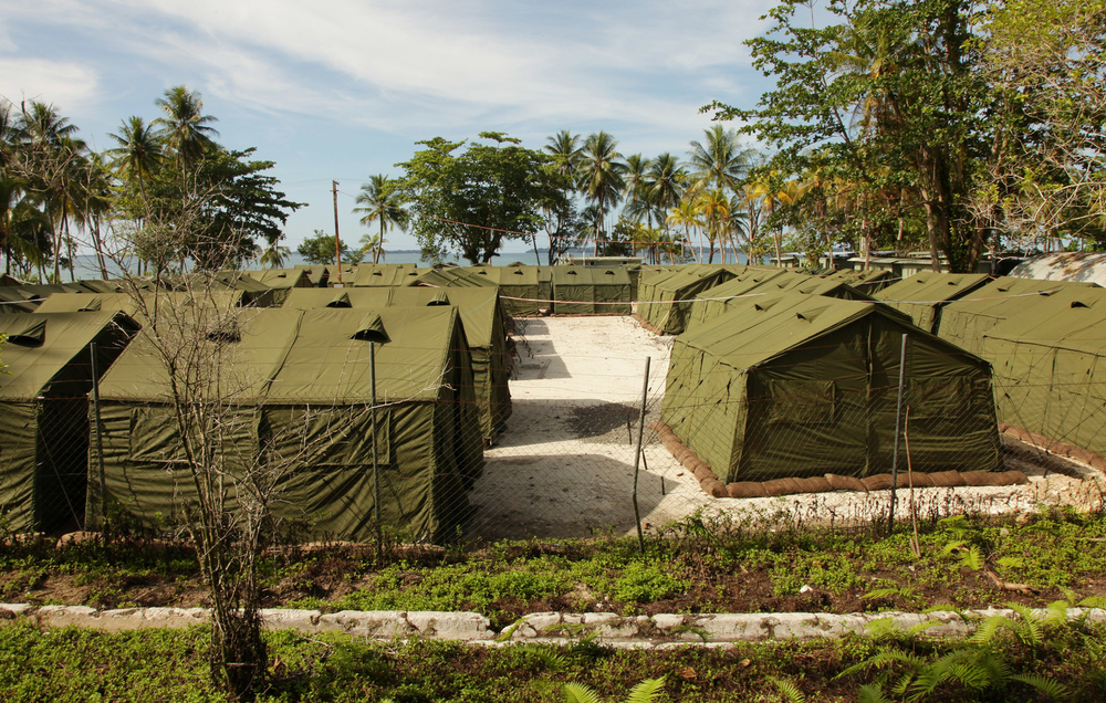 One detainee died and 70 others were injured during a riot at Australia's offshore processing centre for asylum seekers on Manus Island in Papua New Guinea on 17 February, 2014