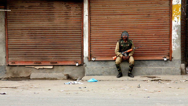 An Indian soldier in Srinagar in the state of Jammu and Kashmir