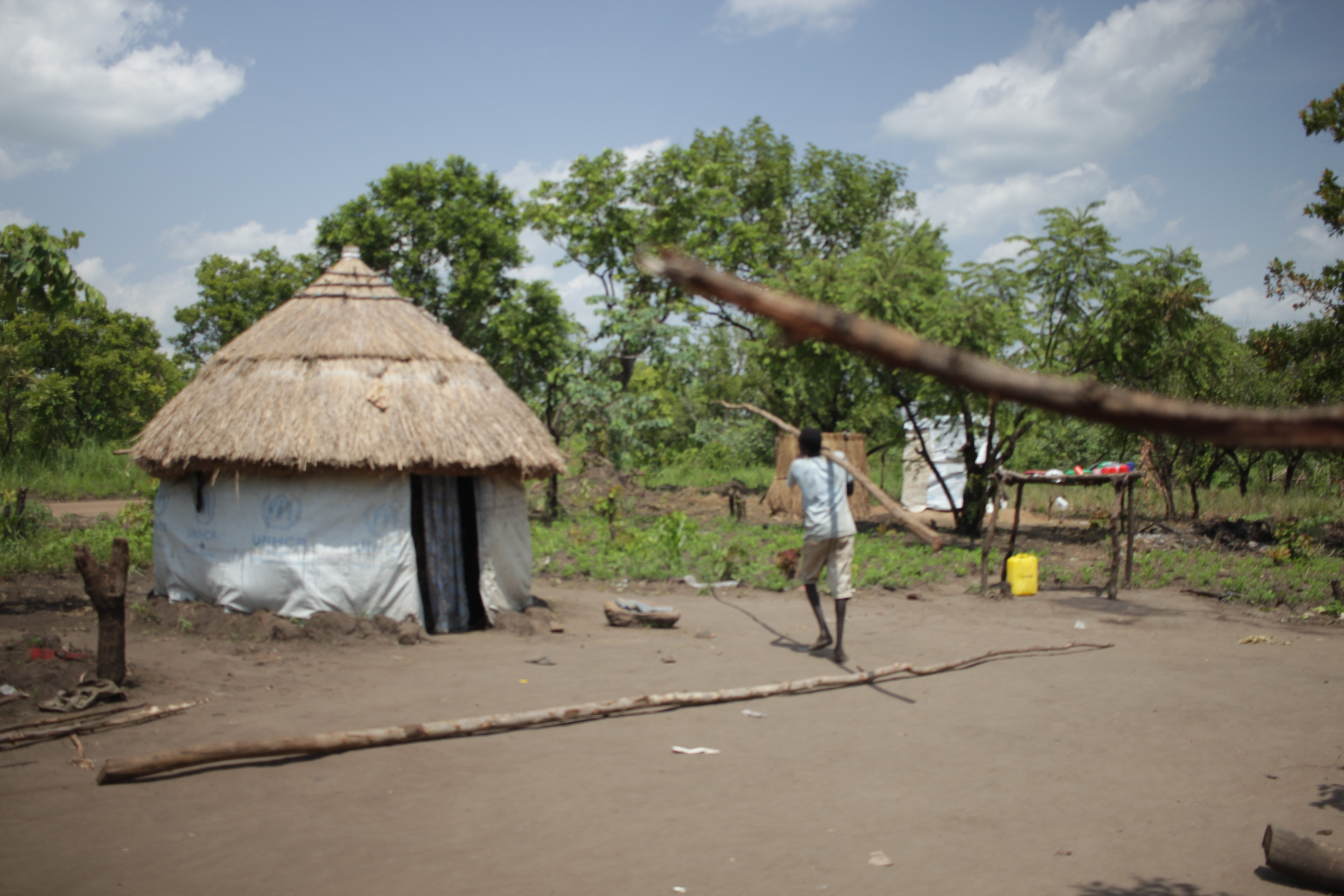 South Sudan refugees build new homes in Uganda