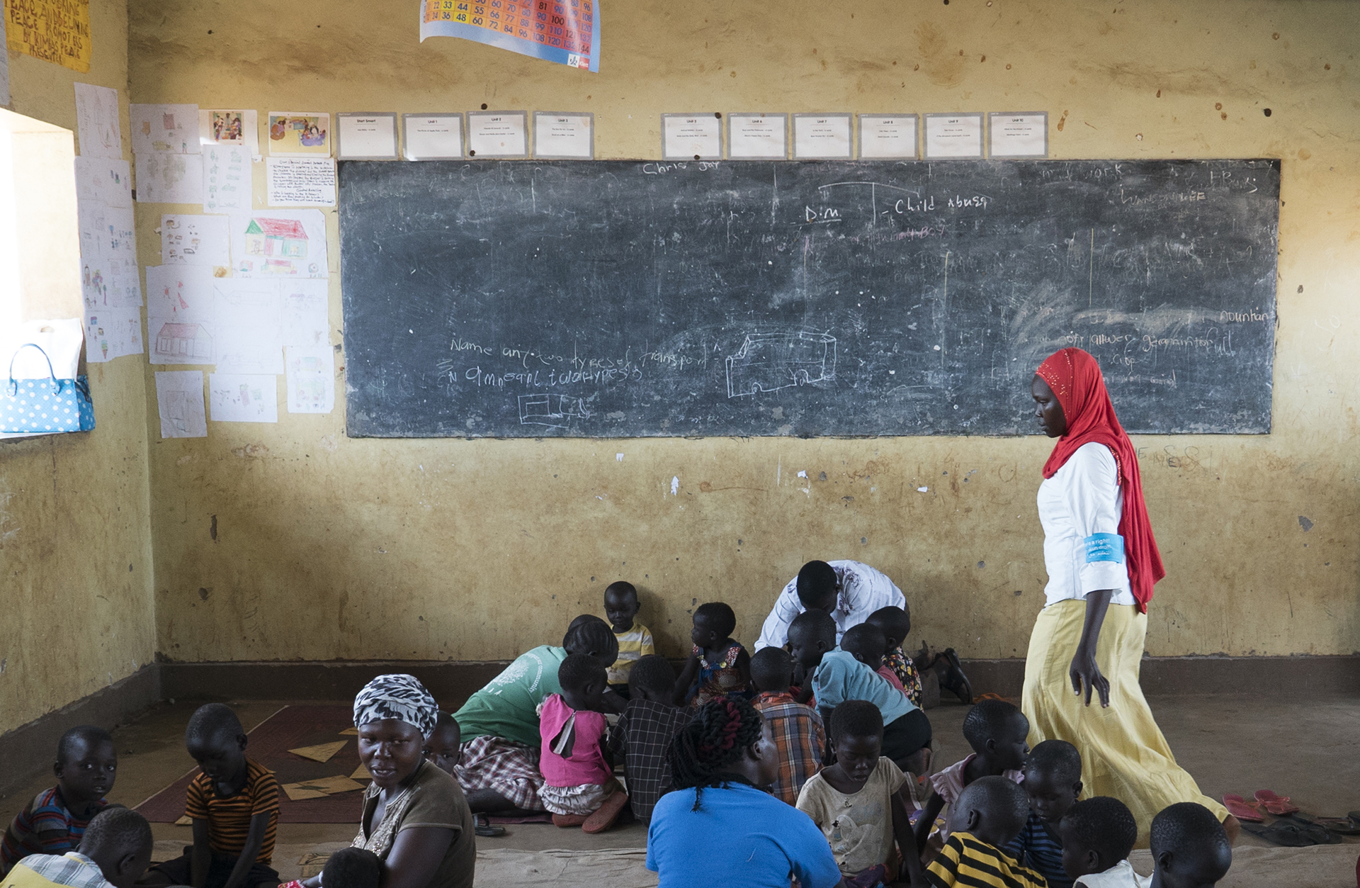 Photo of a classroom in Uganda for South Sudanese refugees