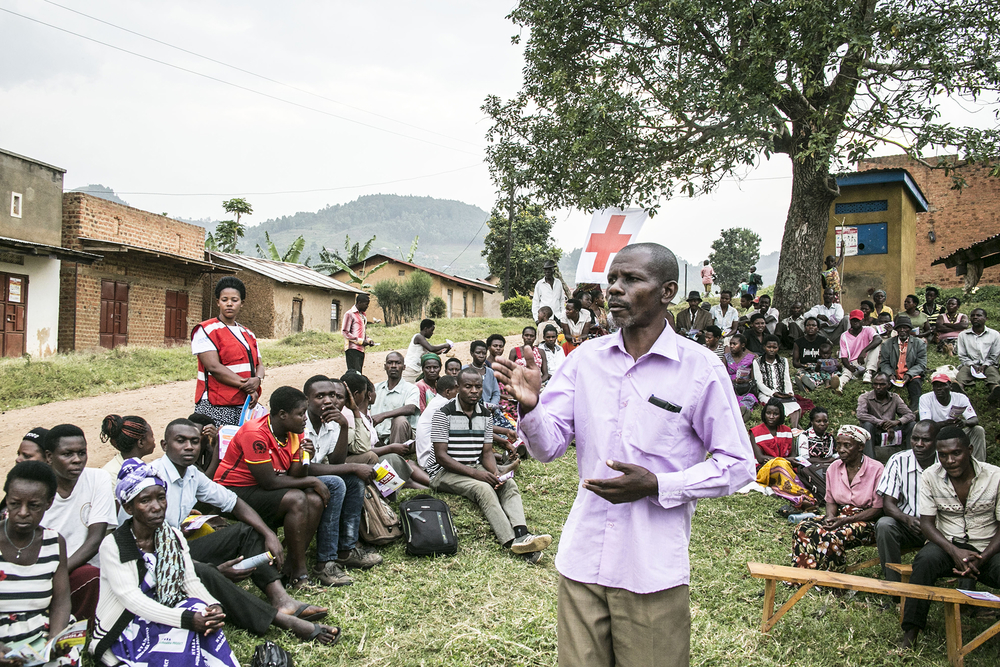 Photo of community in Ebola meeting in Uganda