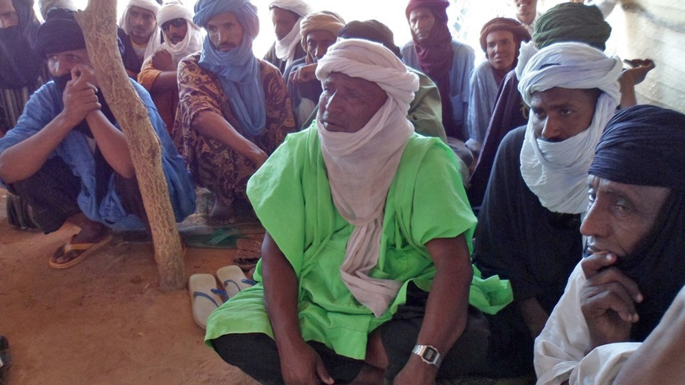 Tuaregs discuss the future of northern Mali in Burkina Faso's Mentao camp