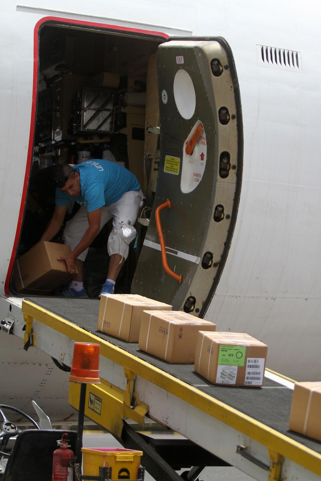 On 10 April 2015, a first airlift of urgent medical and other supplies from UNICEF is unloaded on the tarmac at Sana'a International Airport, via  Djibouti from UNICEF's Supply Centre in Denmark. FROM UNICEF -