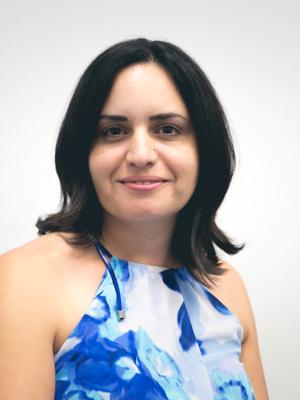 Dana Hazin, Arabic Editor