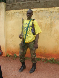 [Cote d'Ivoire] Ivorian rebel fighter in the northern town of Korhogo, August 2004.