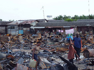 [Nigeria] A slum area of Port Harcourt devastated by fighting between the security forces and local militia groups in 2004.