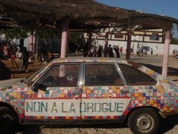 [Senegal] Car at the Jacques Chirac drugs awareness centre on the outskirts of Dakar.