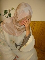 [Iraq] A rape victim in Baghdad speaks to IRIN about her traumatic experience. [Date picture taken: 2005/09/12]