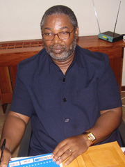 [South Africa] South African Safety and Security Minister Charles Nqakula. He is also the facilitator in Burundi peace talks between the Front national de liberation and the government in Bujumbura. [Date picture taken: 10/11/2006]