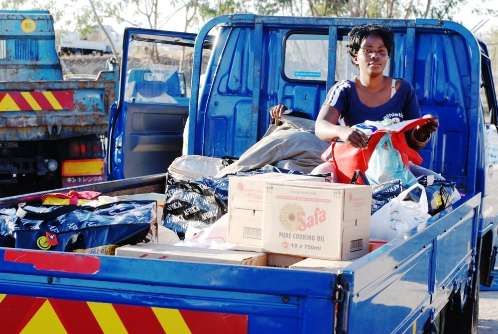 A truck full of goods for Zimbabwe. As a new business a Zimbabwean bulk trader now takes women over the border to do their personal shopping.